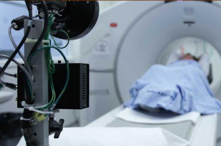 Sobre los factores que rodean a los Campos EMF en entornos hospitalarios